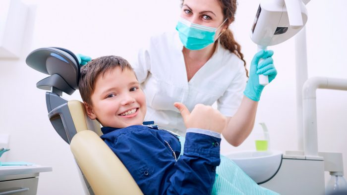 leczenie zębów u dzieci pruszków